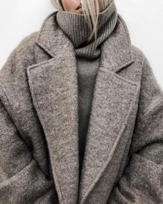 chic winter outfit for women, winter layers, winter outfit street styles