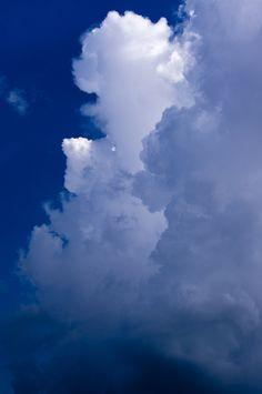 Cloud column by Stolpulus II on Cloud Wallpaper, Wallpaper Backgrounds, Aesthetic Iphone Wallpaper, Aesthetic Wallpapers, Cloud Atlas, Sky Aesthetic, Sky Art, Sky And Clouds, Aesthetic Pictures