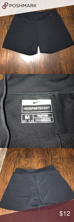 Nike Sports Short fit dry sz M Nike spandex fit shorts, size medium, excellent condition Nike Shorts