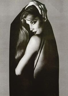 photographer: Helmut Newton (+) Jerry Hall, 1970 // heather-in-heels:honey-rider People Photography, Vintage Photography, Fashion Photography, Glamour Photography, Lifestyle Photography, Editorial Photography, Famous Photographers, Portrait Photographers, Black And White Portraits