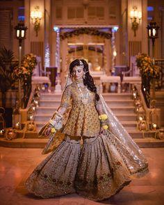 Suffuse by Sana Yasir mehndi outfit Bridal Dresses 2018, Bridal Mehndi Dresses, Bridal Outfits, Bridal Lehenga, Pakistani Wedding Outfits, Pakistani Wedding Dresses, Indian Dresses, Mehndi Outfit, Indian Fashion