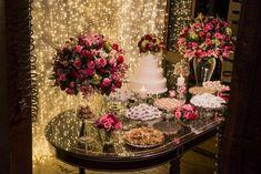Um casamento romântico contemporâneo cheio de DIY, luzinhas e amor! Não tenho dúvidas que vai te inspirar!