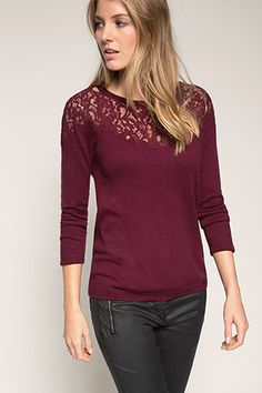 Esprit / Finstickad sweater med spetsisättning
