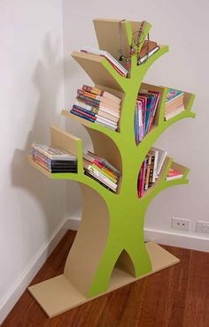 Tree bookcase A bookshelf doesn't have to be boring. This tree-mendous project gives you a chance to go out on a limb – and let your child's imagination grow.