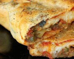 Yes, pizza can be healthy. This recipe is easy and combines only healthy low sodium ingredients. Whole wheat bread, low sodium cheese, and veggie topings of choice. Use as the perfect lunch idea for the Dash Diet.