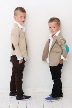 Boys blazer Boys Wedding outfit Baptism Ring bearer suit Tan Sweatshirt jacket with elbow patches Boys clothes clothing Back to school