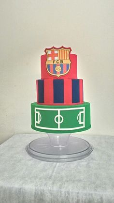 Bolo fale em e.v.a , Barcelona. Fondant, Barcelona, 1, Cake, Desserts, Food, Decorating Cakes, Things To Make, Tailgate Desserts