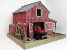 Danbury Mint / Franklin Mint Barn / garage diorama with lights 50 pics Truck Scales, Barn Garage, Danbury Mint, Franklin Mint, Train Set, Little Houses, Model Trains, Scale Models, Fall Decor