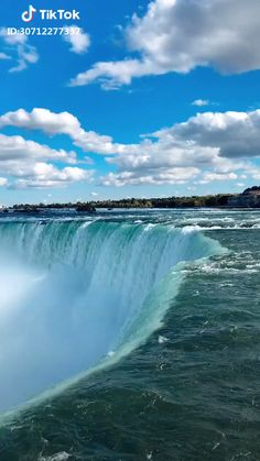 Beautiful Niagara Falls 😍💙 Did you know ? Over 8 million visitors visits Niagara Falls annually. Beautiful Photos Of Nature, Beautiful Places To Travel, Nature Pictures, Amazing Nature, Beautiful Landscapes, Landscape Photography, Nature Photography, Travel Photography, Visiting Niagara Falls