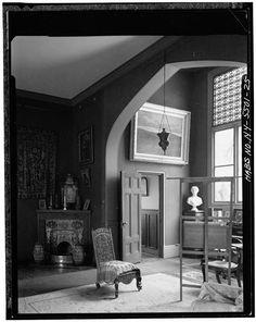 Olana – Studio (north corner) – door opens  onto bathroom – photo: Historic American Buildings Survey, Library of Congress