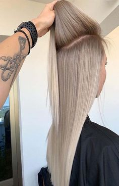 Golden Blonde Balayage for Straight Hair - Honey Blonde Hair Inspiration - The Trending Hairstyle Perfect Blonde Hair, Blonde Hair Looks, Ash Blonde Hair, Blonde Straight Hair, Super Blonde Hair, Winter Blonde Hair, Medium Ash Blonde, Natural Ash Blonde, Blonde Roots
