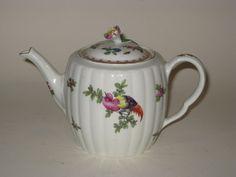 A 1st period Worcester teapot