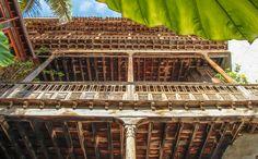 Balcón canario en Casa de los Balcones, La Orotava Tenerife, Canario, Traditional, Hall Runner, Environment, Canary Islands, Balconies, Tourism, Houses