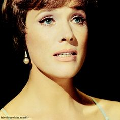 Julie Andrews was just a celebrity sighting, sitting at the table next to me at Spago in Los Angeles, but I had to include her . she's JULIE ANDREWS! Julie Andrews, British Actresses, Actors & Actresses, Star Pictures, Special People, Celebs, Celebrities, Vintage Hollywood, Classic Beauty
