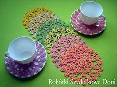 Подборка красивых салфеток крючком от польской рукодельницы Дони. Работ много, к некоторым имеются схемы вязания, можно разобраться при желании.                                                ©