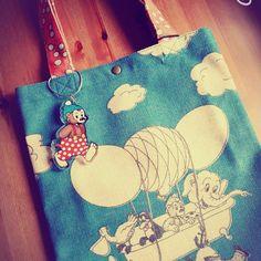 Instagram media naochin0512 - ラスムスクルンプのトートバッグ♪ #RASMUS KLUMP #トートバッグ #可愛い #絵本のキャラクター #デンマーク #ラスムスクルンプ