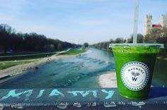"Because sometimes exactly what you need to clear your head is a river walk in the evening sunshine...armed with a @wagnersjuicery detox juice. . View from Reichenbach bridge with the Isar River & St. Maximilian rectory in the background. . ""Ponta Preta"" juice: kale spinach acai apple chili spirulina agave juice Himalaya salt & wild herbs. . #100happydays 80 #juice #healthfood #sunshine #munich #munichfood #munichlife #munichinside #eatclean #isar #glockenbach #getoutside #clearyourhead…"