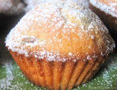 Я нашла этот рецепт на просторах интернета уже давно. Чьё авторство - мне неизвестно. Но эти кексики настолько ароматные, вкусные, нежные, их так просто и быстро готовить, что они прочно вошли в на... Sweets Recipes, No Bake Desserts, Baking Recipes, Cookie Recipes, Russian Recipes, Ukrainian Recipes, Easy Apple Muffins, Sweet Pastries, Pastry Cake