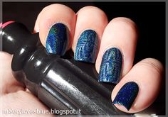 Cupcake Polish Bat-chelor Pad stamped with Kiko 401 Peacock Green and BornPretty BP-11 image plate   http://miserylovesblue.blogspot.it/2016/04/stamping-spam-and-first-attempts-born.html
