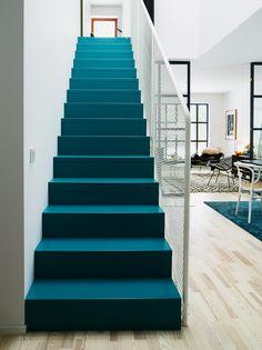 première marche : bleu que j'aime pour le mur