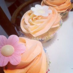 lemon and poppy seed - trying to inspire that spring feeling! Seeds, Lemon, Cookies, Baking, Cake, Poppy, Desserts, Inspire, Food
