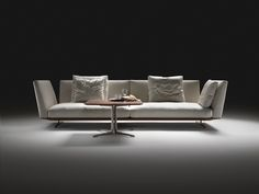 Antonio Citterio Evergreen sofa for Flexform, with taller arms