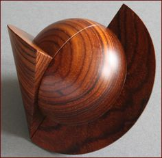 cocobolo [Easy turn, interesting look] Math Art, Wood Turning Projects, Wood Lathe, Wood Glass, Wooden Bowls, Small Boxes, Wood Sculpture, Wood Species, Types Of Wood