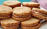 Try this recipe for Almond-Shortbread Sandwich Cookies from PBS Food. Shortbread, Chocolate Salami Recipe, Martha Stewart Cooking, Bourbon Ice Cream, Salami Recipes, Chocolat Valrhona, Cookie Recipes, Dessert Recipes, Pbs Food