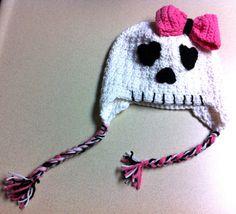 Skull Beanie with Bow by tnetCreations on Etsy, $25.00  Tnetcreations.etsy.com