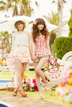 Rena Yuu: Liz Lisa 2012 Spring & Summer Collection (lot of pictures)