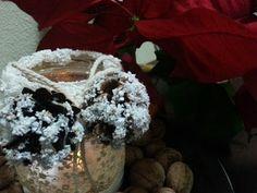 Idei de decoratiuni din borcane pentru Craciun. Idei simple de recilcare a borcanelor goale. Ide de decoratiuni pentru sarbatorile de iarna Christmas Activities, Projects To Try, Jewelry Making, Plants, Youtube, Art, Christmas, Art Background, Kunst