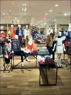 And we've just opened another new J.Crew Retail store in San Diego, CA!!