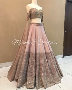 Pretty Perfect , blushing pink lehenga by MischB Couture ➡️ for details! Pretty Perfect , blushing pink lehenga by MischB Couture ➡️ for details! Indian Gowns Dresses, Indian Fashion Dresses, Dress Indian Style, Indian Designer Outfits, Pakistani Dresses, Designer Dresses, Party Wear Dresses, Dress Outfits, Lehnga Dress