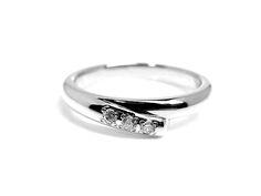 AMBRACE PT900 platinum ring luxury diamond レディース リング 指輪 ラグジュアリー ダイヤモンド ピンキーリング プラチナ