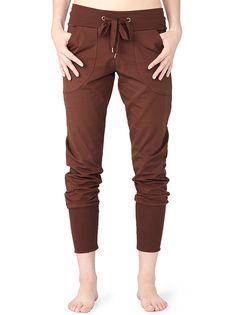 Yoga Pants von Mandala in der Farbe Cherry Brown-Cherry Brown – MANDALA