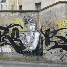 Femme pensive (Vitry-sur-Seine), Brok & C215