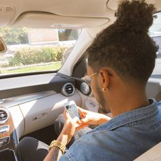 Black Male Hair : Photo