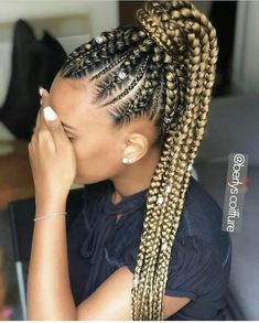 All styles of box braids to sublimate her hair afro On long box braids, everything is allowed! For fans of all kinds of buns, Afro braids in XXL bun bun work as well as the low glamorous bun Zoe Kravitz. Box Braids Hairstyles For Black Women, Braided Ponytail Hairstyles, African Braids Hairstyles, Braids For Black Hair, Girl Hairstyles, Cornrows Ponytail, Daily Hairstyles, School Hairstyles, Updo Hairstyle