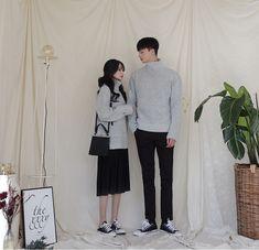 Korean Couple Fashion - Official Korean Fashion Fashion Essay, K Fashion, Urban Fashion, Fashion Outfits, Mens Fashion, Fashion Vintage, Fashion Rings, Fashion Ideas, Matching Couple Outfits