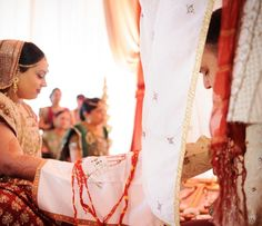 indian wedding bride groom ceremony http://maharaniweddings.com/gallery/photo/9690