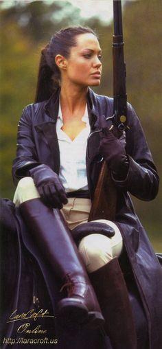 Lara Croft - Angelina Jolie (Tomb Raider) I wanted to be her when I grew up