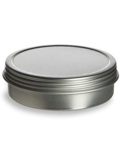 Stand out from the crowd and package your candy creation in a silver tin! Specialty Bottle offers a variety of shapes and sizes, with no small order fees! Homemade Lip Balm, Homemade Moisturizer, Homemade Beauty, Diy Beauty, Magnetic Spice Tins, Small Case, Tin Containers, Natural Cleaners, Hand Lotion