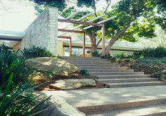 "modernhomeslosangeles: Vidal Sassoon's ""The Singleton House"", Hits Market Again"