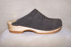 Front Weave Clogs - Dark Moss Oiled Suede - Size 40