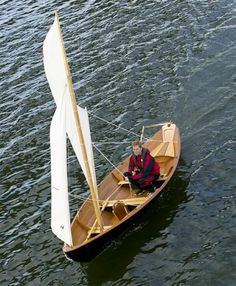 Northeaster Droy: Light-weight Rowing and Sailing Dory That You Can Build