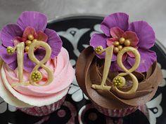 Scrummy Mummy's Cakes: 18th Birthday Cupcakes