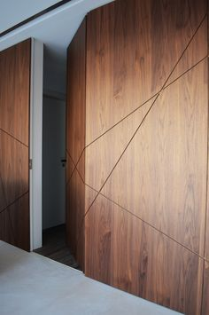 Hidden Doors In Walls, Hidden Rooms, Wall Panel Design, Front Door Design, Home Room Design, Home Interior Design, House Design, Wardrobe Design Bedroom, Wall Cladding