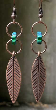In mot cases, other metals will have been blended with the gold in order to heighten the durability, in addition to lower the cost. Tribal Earrings, Copper Earrings, Feather Earrings, Turquoise Earrings, Feather Jewelry, Diy Earrings Easy, How To Make Earrings, Diy Earrings Tutorial, Diy Boho Earrings