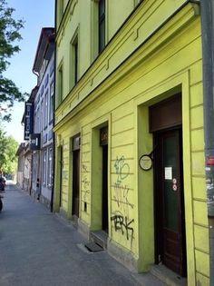 Palacinka Lacinka, Bratislava: Pozrite si x_reviews zariadenia Palacinka Lacinka, ktoré má na portáli TripAdvisor recenzie 4,5 z celkového počtu 5 bodov a nachádza sa na mieste č. 49 spomedzi 1116 reštaurácií v Bratislave.