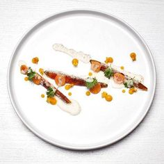 Hay roasted carrots salted carrots seabuckthorn berries yogurt whey sauce whit vendace roe #gastroart #carrot #seabuckthorn #yogurt #whey #vendaceroe #restaurantolo #vesivalo #nordicfood #foodphotography #chefstar #chefslife #theartofplating #thechefsofinstagram #chefstalk #finnish#heleats #chefs #goodtimes #gourmetartistry #instafood #mimisversot #wildchefs by vesivalo